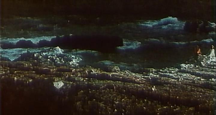 проанализировать эпизод схватки печорина с девушкой в лодке