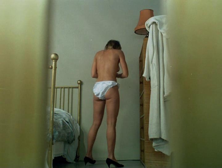 devushki-kiski-sperma-foto